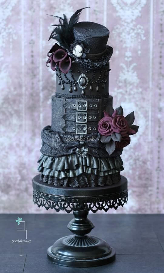Gorgeously Gothic The Best Dramatic Wedding Cakes