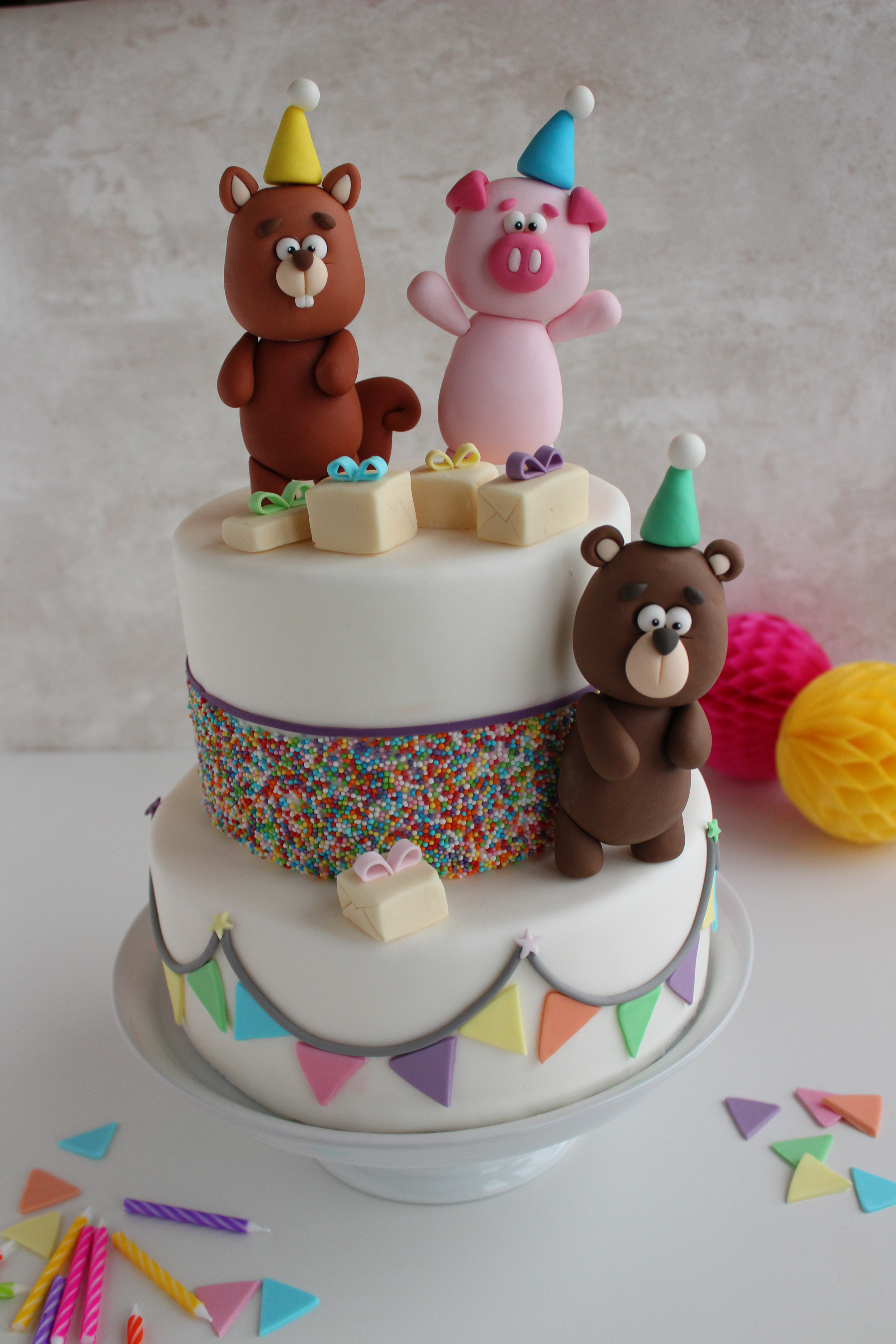 Beary Cute! Easy Cake Topper Tutorial
